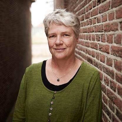 Prof. dr. A.J. (Jeannette) Pols